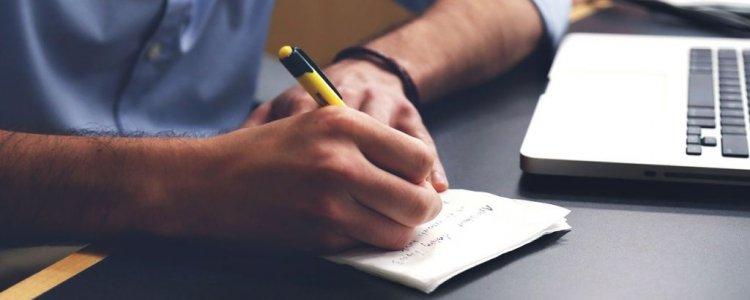 Non dimenticare, la profilazione del copywriting non passa soltanto dalle interazioni con il tuo sito ma anche dal benchmark sui competitor e dalle conversazioni spontanee degli utenti sui canali non proprietari.